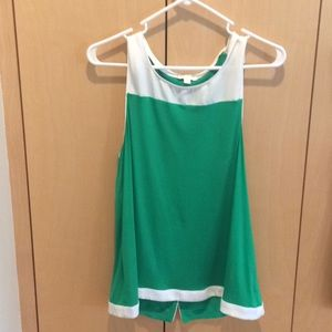 Tops - Kelly green top